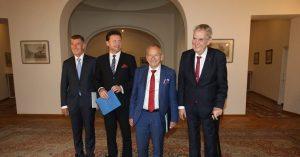 Na Pražském hradě proběhlo pravidelné setkání nejvyšších ústavních činitelů