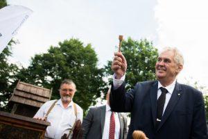 Prezident Zeman chystá návštěvu kraje Vysočina, dovolenou opět stráví v Novém Veselí